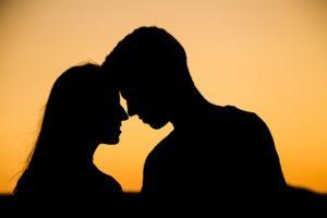cómo hacer un amarre de amor con orina