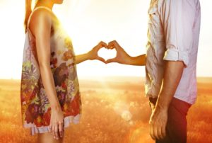 amarre efectivo para enamorar a un hombre